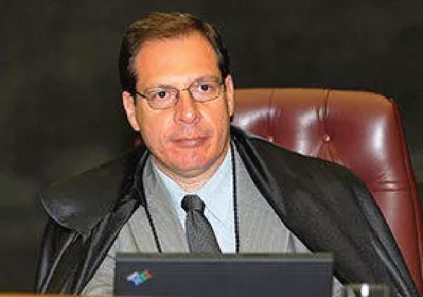 CONTRATOS COM A ADMINISTRAÇÃO - Emenda a projeto de nova Lei de Arbitragem preocupa ministro do STJ