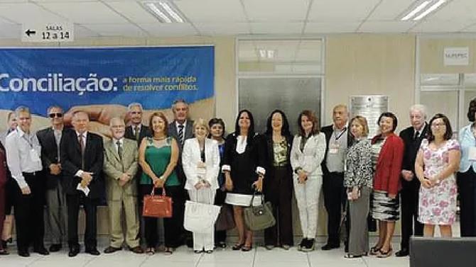 Magistrados de todo o Brasil visitam o Núcleo de Mediação e Conciliação do TJDFT