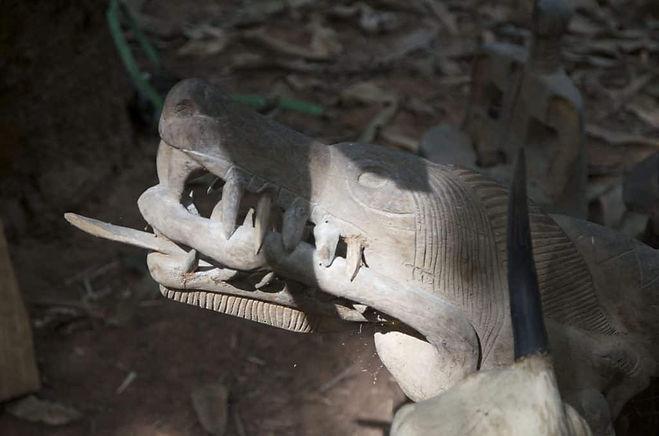 Fetiche-sacre-Afrique.jpg