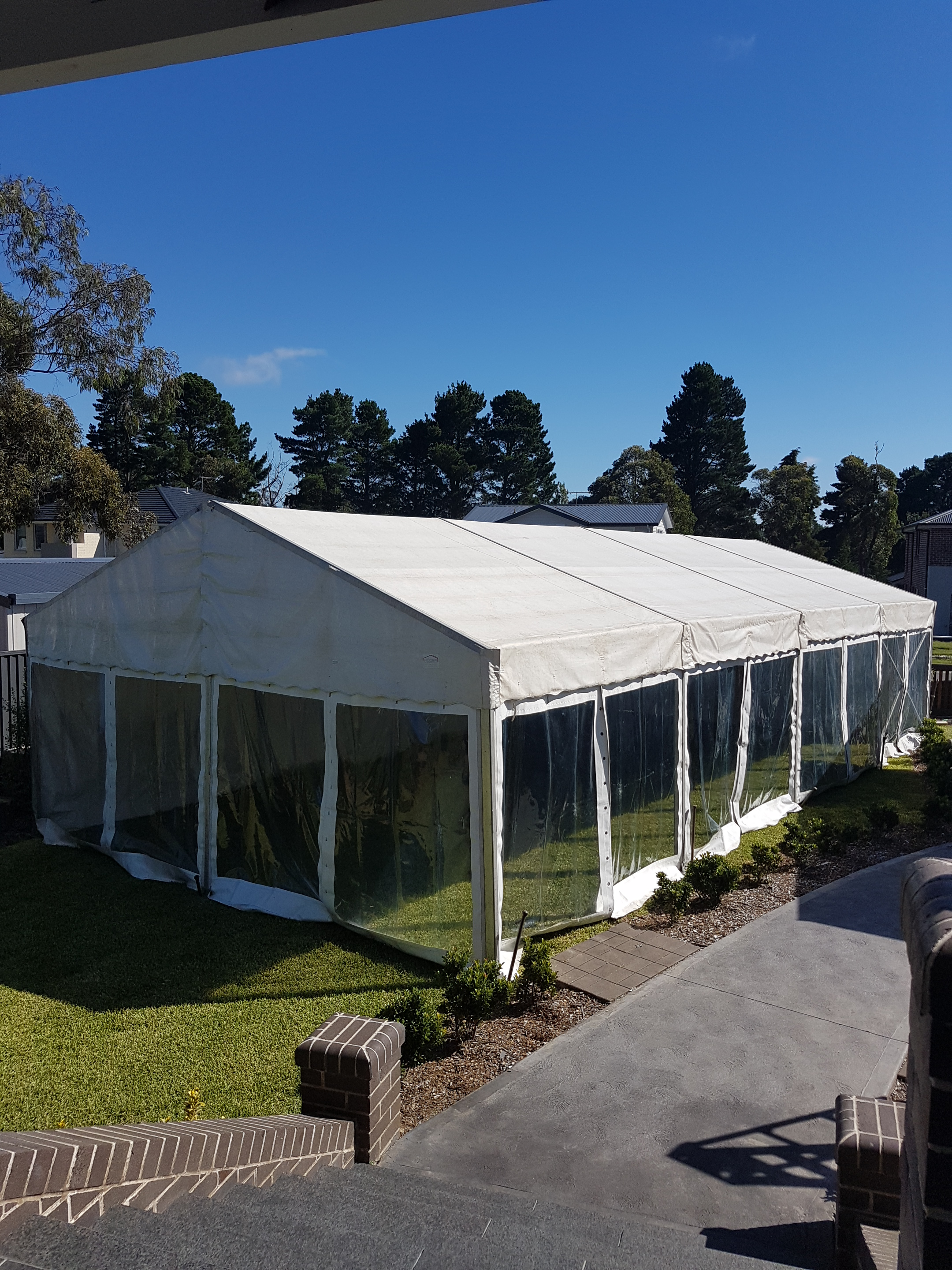 6 x 12m free standing structure.