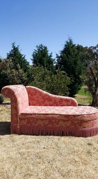 lounge2 (2).jpg