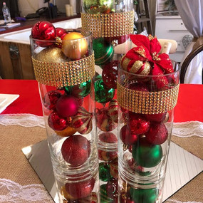 Cylinder vase trio Gold, red & green.1 -