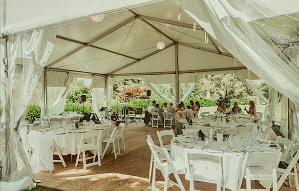 10 x 10m White unlined Structure Dennarq