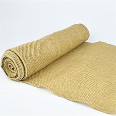 hessian table runner plain.jpg