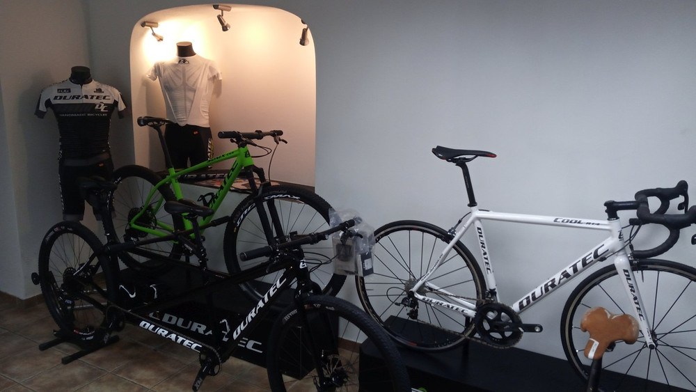 DURATEC-showroom-tandem