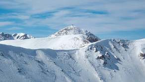 Titov Vrv na lyžích i s lyžemi na zádech