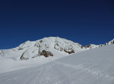 Vorderer Brochkogel, na skialpech netknutým sněhem
