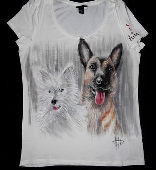 BAu friends T Shirt disegnata e dipinta
