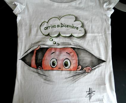 Arrivo T Shirt disegnata e dipinta a man