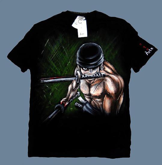 Zoro T Shirt disegnata e dipinta a mano.