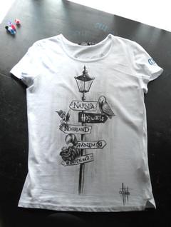 W Disney _Handpainted T Shirt_Fronte