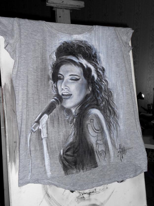 Amy Winehouse Handpainted T Shirt