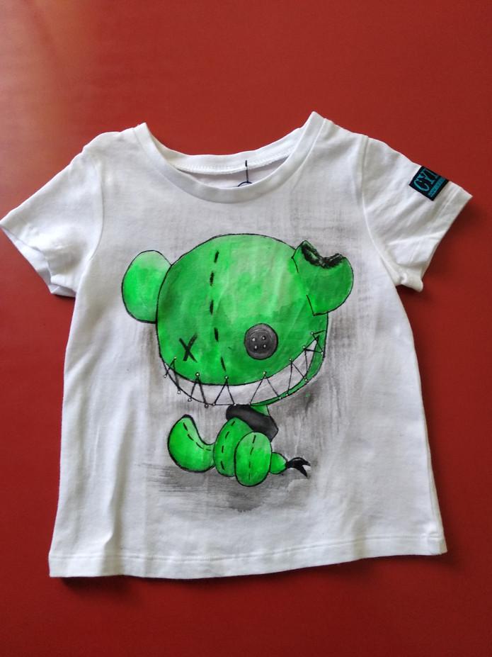 Monster puppet green