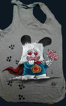 T Shirt Spank, disegnata e dipinta a man