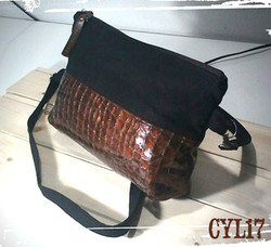 Autumn pochette bag in pelle color rame