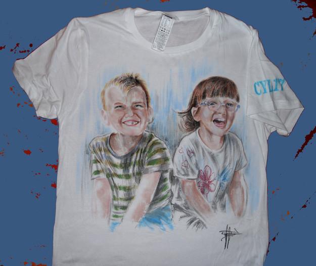 """""""Kids"""" T Shirt disegnata, dipinta a mano"""