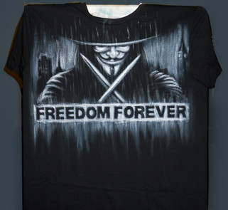 Anonymous_T Shirt dipinta a mano