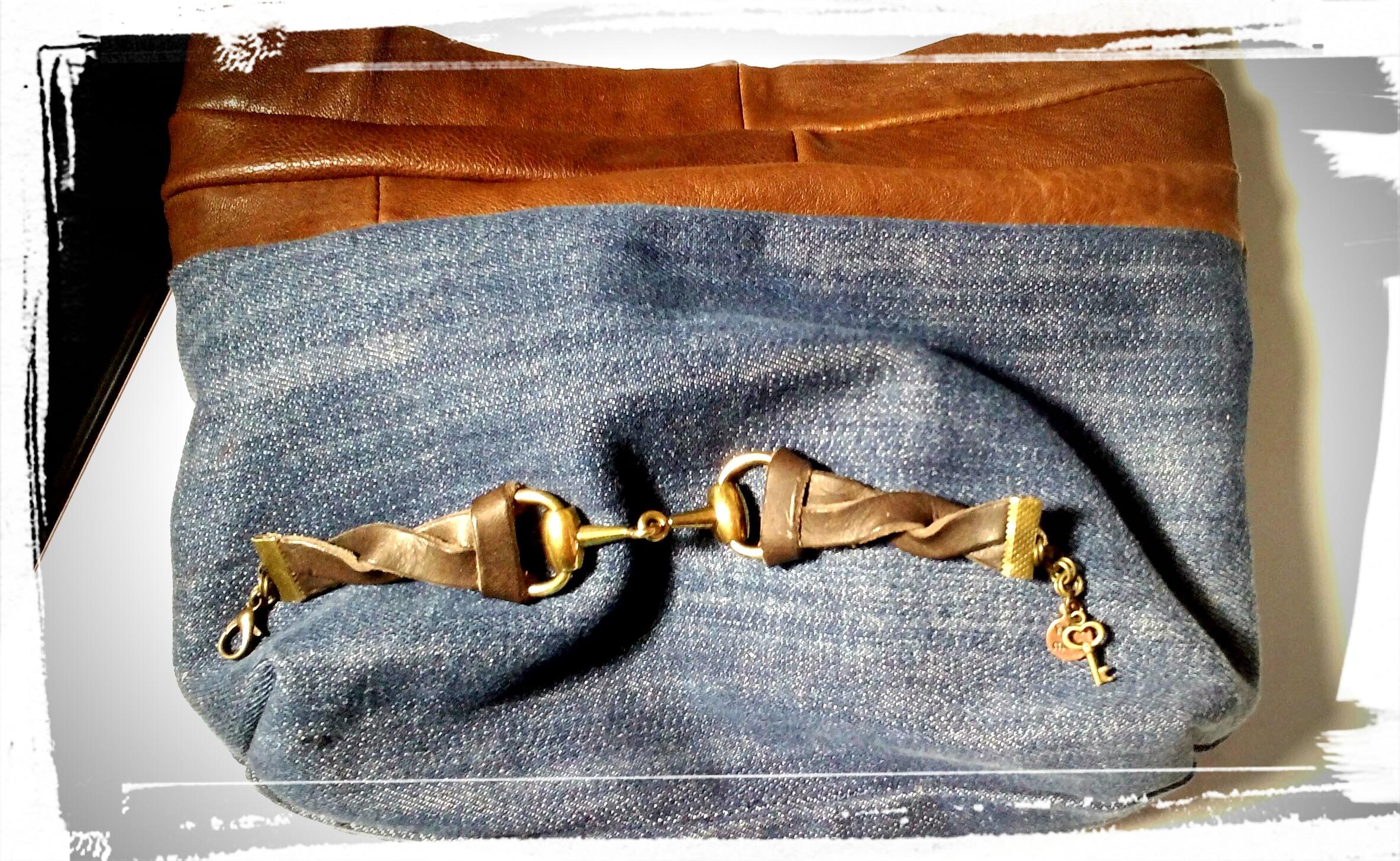 pochette in jeans e pelle, interno compl