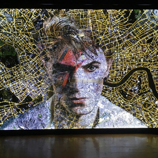 """Bowie in London"" lightbox 124x99 limite"