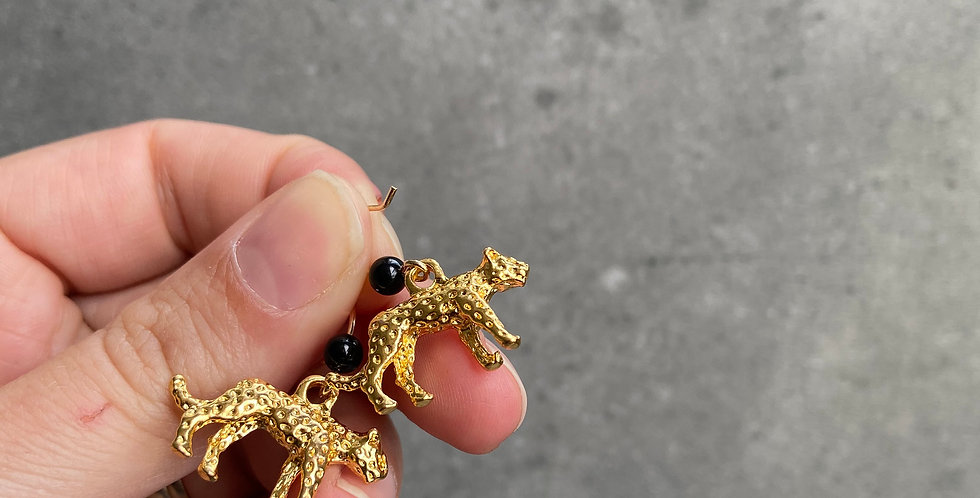 Leopard & Onyx Earrings (onyx oorbellen)