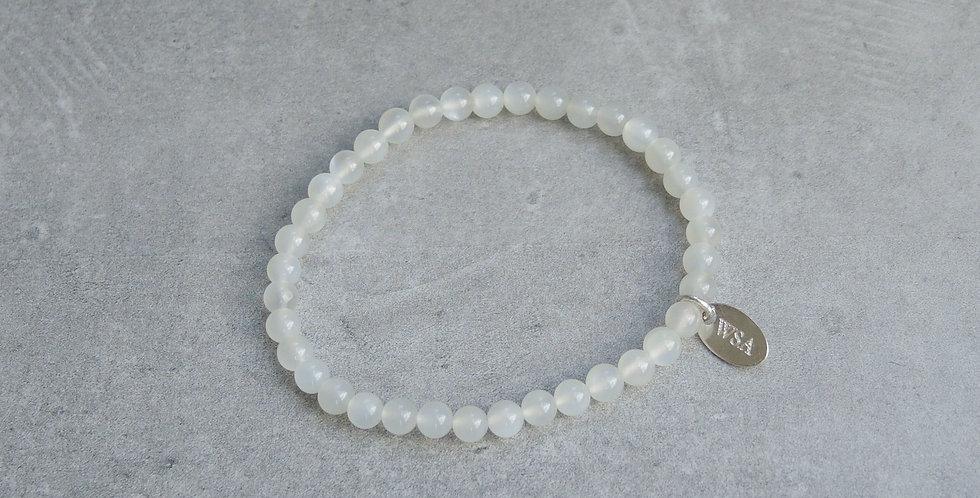 Moonstone bracelet (maansteen armband)