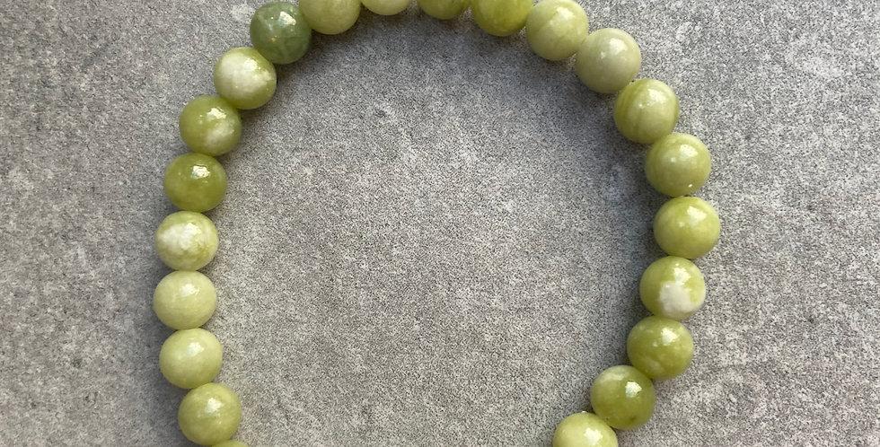 Jade bracelet dark green stones (jade armband donkere groene stenen)