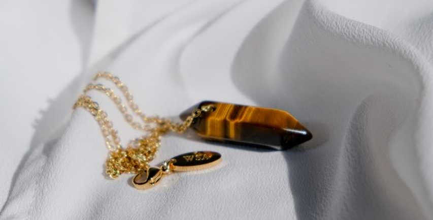 Tiger's Eye minimalist necklace (Tijgeroog ketting)