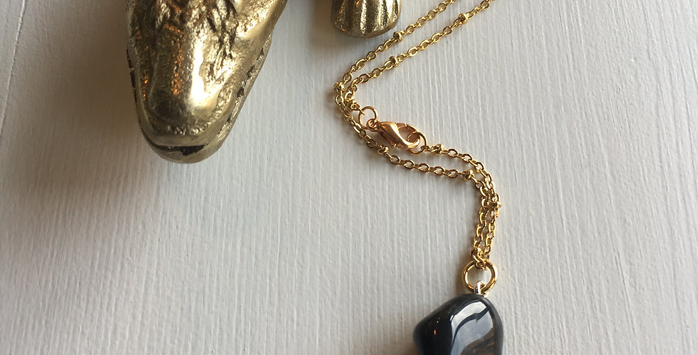 Onyx stone round necklace
