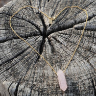 rozenkwarts ketting hartje