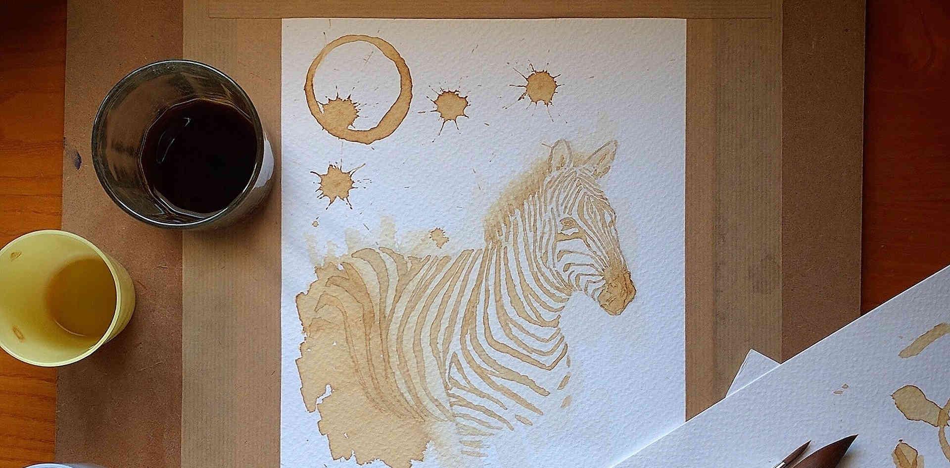 Café sobre papel