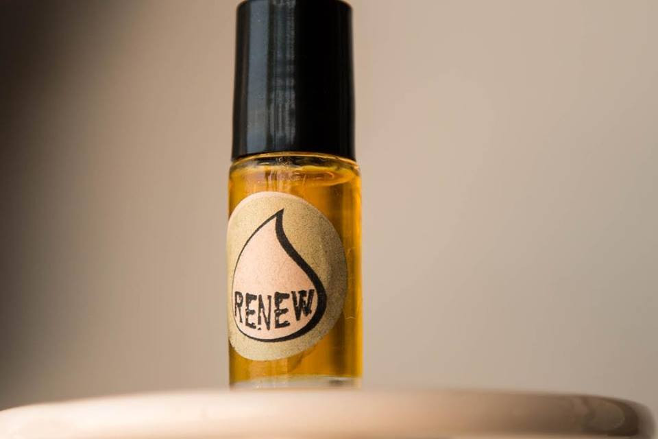 Essential oil perfume by Mia X Marks the Spot