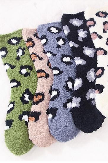 Cheeta Fuzzy Socks