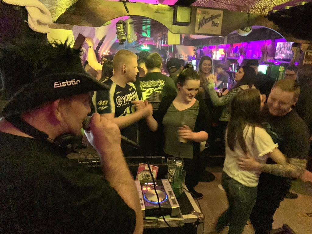 DJ Mike S. Live in der High Five Bar