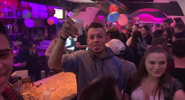 High Five Bar