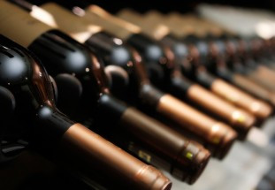 Brett Anderson & Anthony Dias Blue : Connoisseur's Guide to Collecting Fine Wine