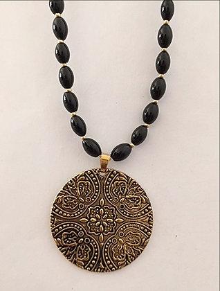 Black Onyx Oval Beaded Necklace