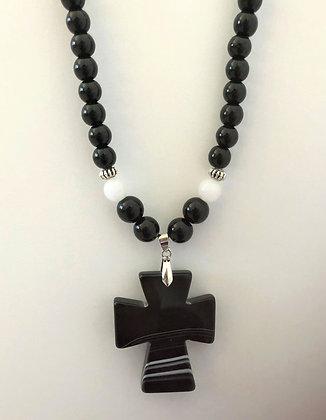 Black Cross Agate Pendant Beaded Necklace
