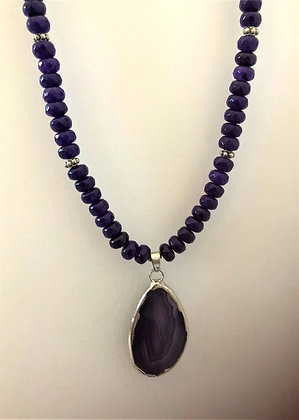 Blue Round Pendant Beaded Agate Necklace