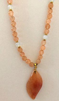 Orange Dragon Vein Agate Pendant Beaded Necklace