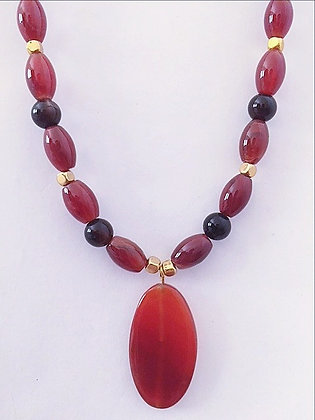 Oval Agate Gemstone Necklace