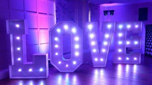 Love letters Modern.JPG