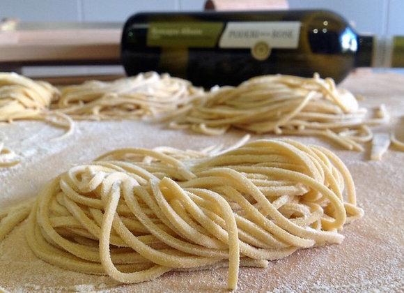 Pasta fresca spaghetti alla chitarra
