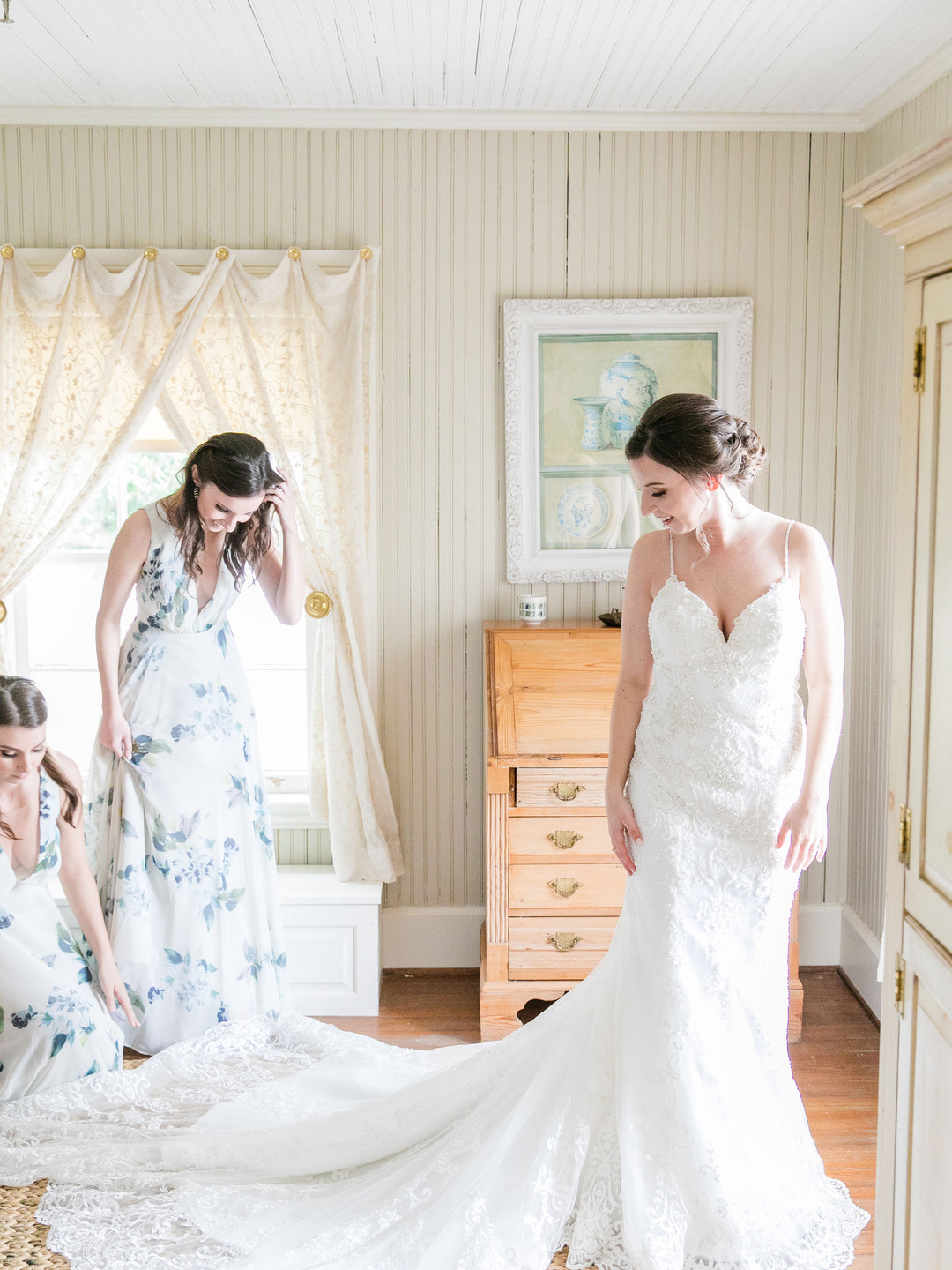 Getting Ready - Wedding Dress - Photo by Dana Cubbage Weddings