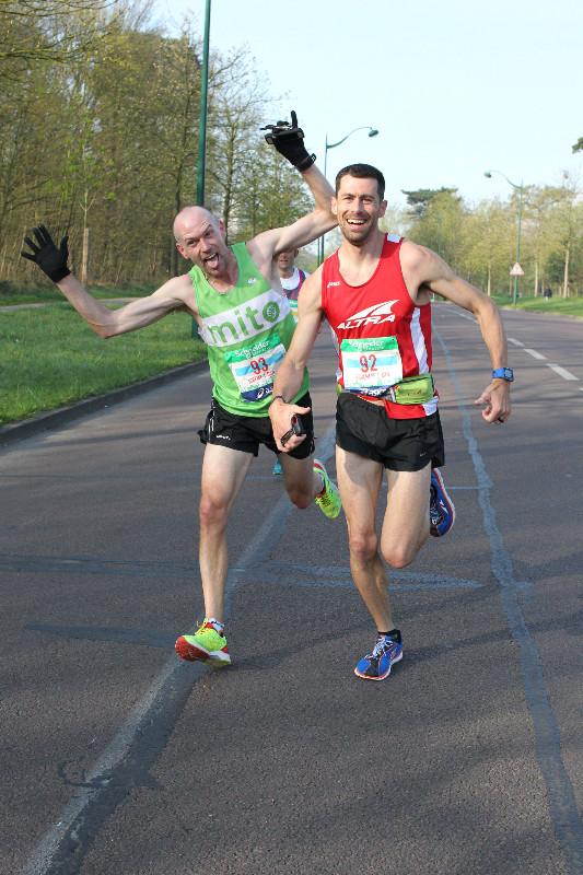 Jeremy Deere and I running the 2015 Paris Marathon