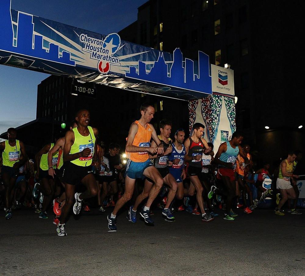 Start of the 2015 Houston Marathon