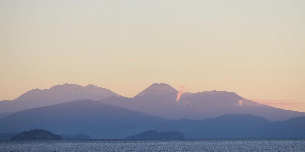 Tongariros Vulkane im Sonnenuntergang