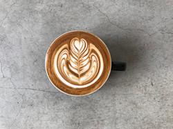 cafeginmono_latteart.jpg