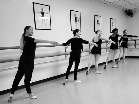 Adult Foundation Ballet