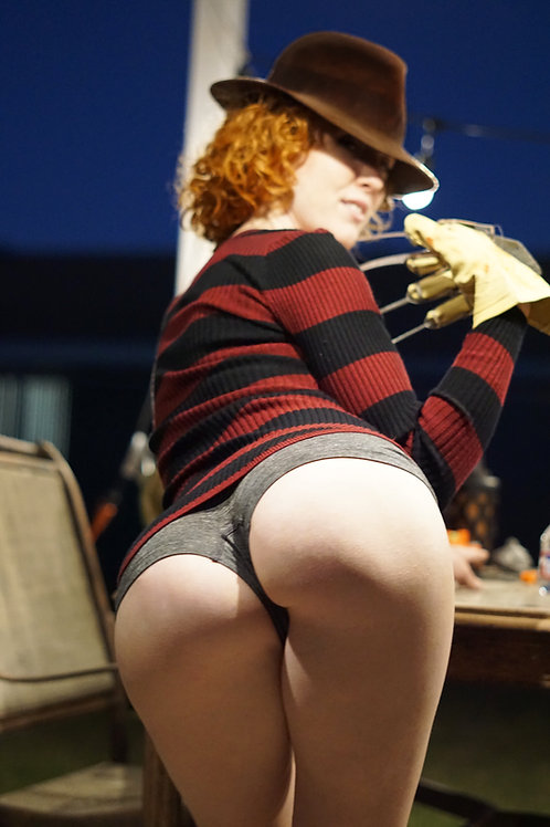 Freddy Krueger cosplay photoset