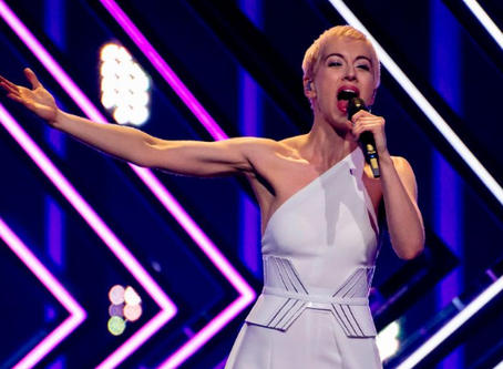 United Kingdom | SuRie kicks off Crowdfunding for New Album [ˈdʌz(ə)n]